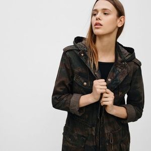 ARITZIA TALULA Trooper Jacket in Camo print